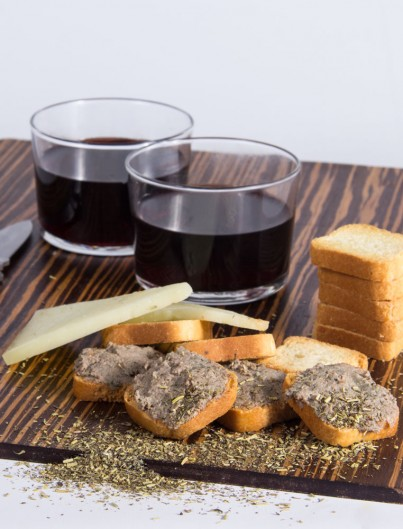 Paté de L'Ainsa Finas Hierbas