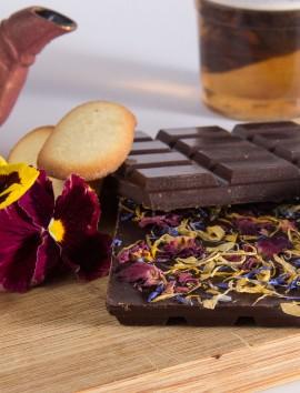 Tableta de Chocolate Negro con Flores de Chocolates Pallás