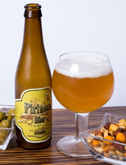 Cerveza Pirineos Bier Blond Ale